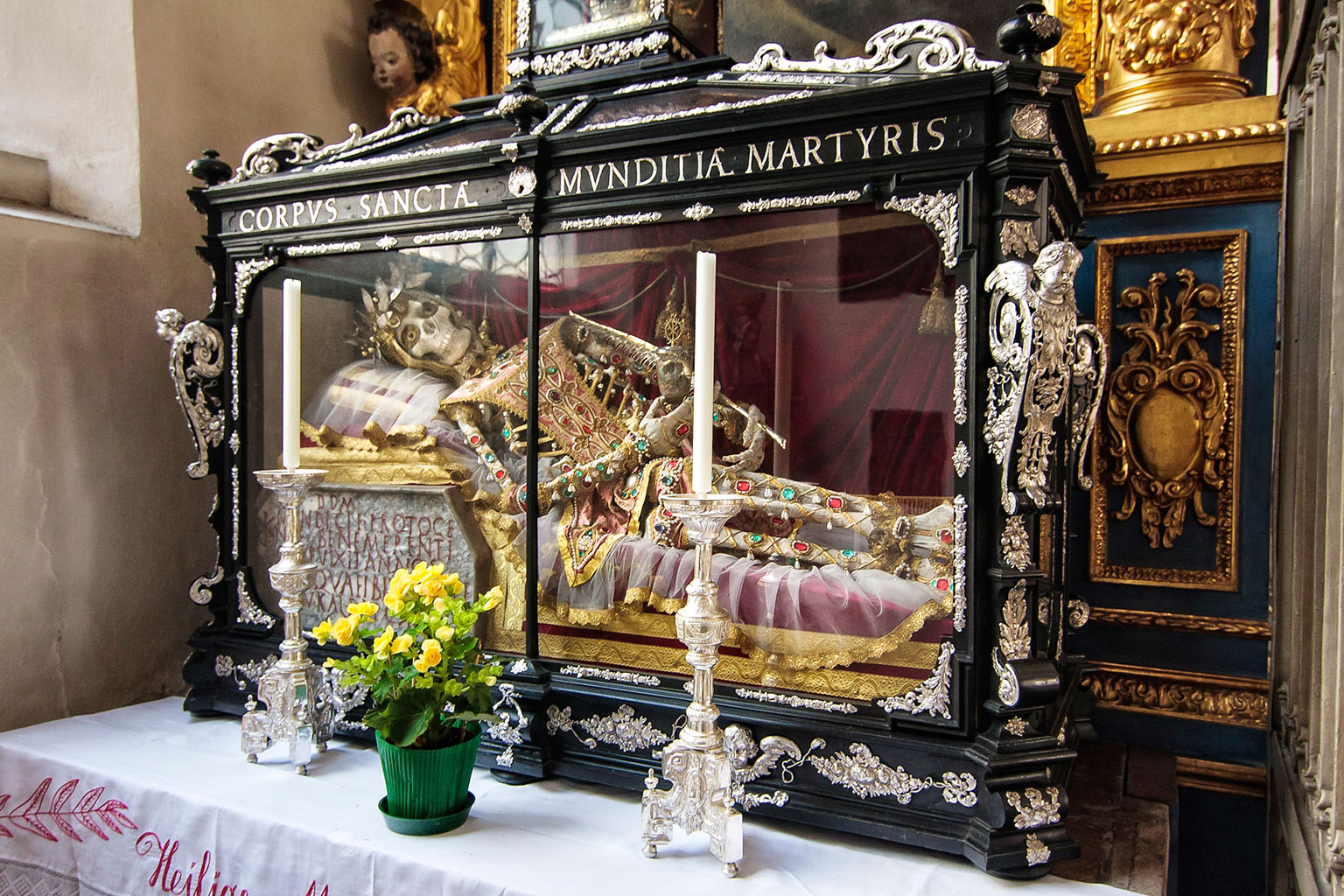 Jeweled Skeleton of Saint Munditia