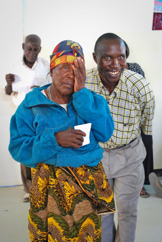 A Zambian woman has her eyesight tested.