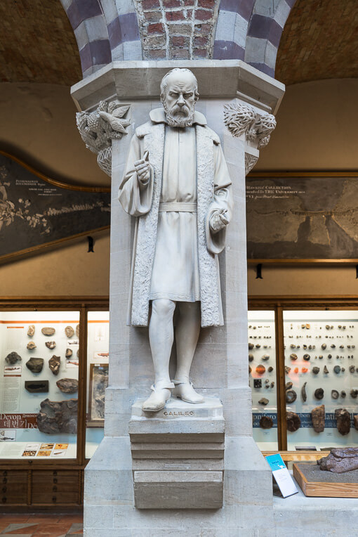 Statue of Galileo at the Museum of Natural History in Oxford