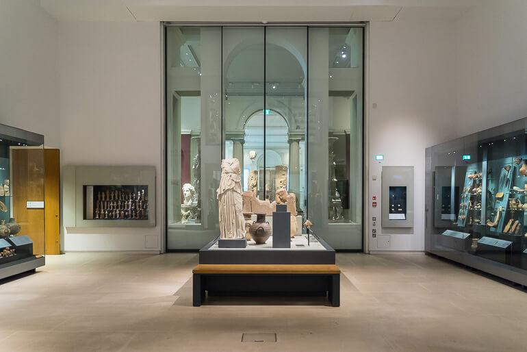 Asmolean Museum